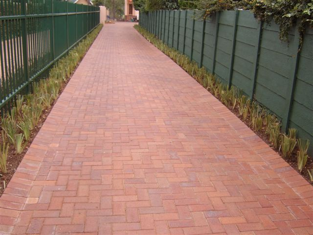 Driveway done in Tuscan paving